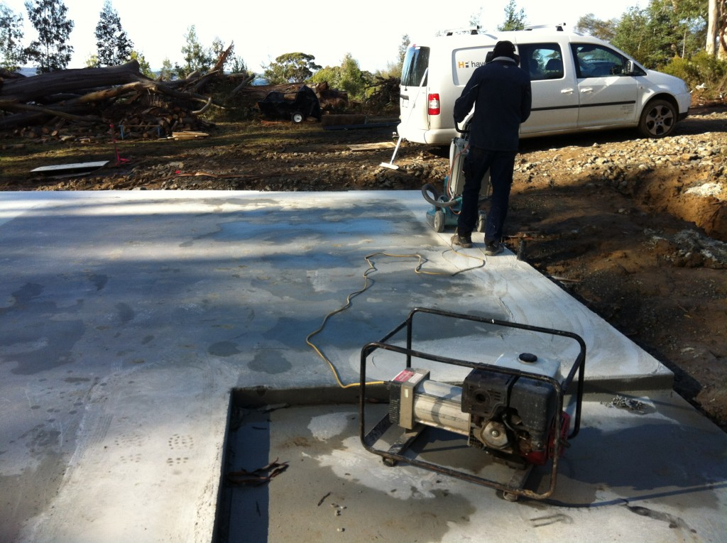 The hire generator (power supply) for the concrete grinder