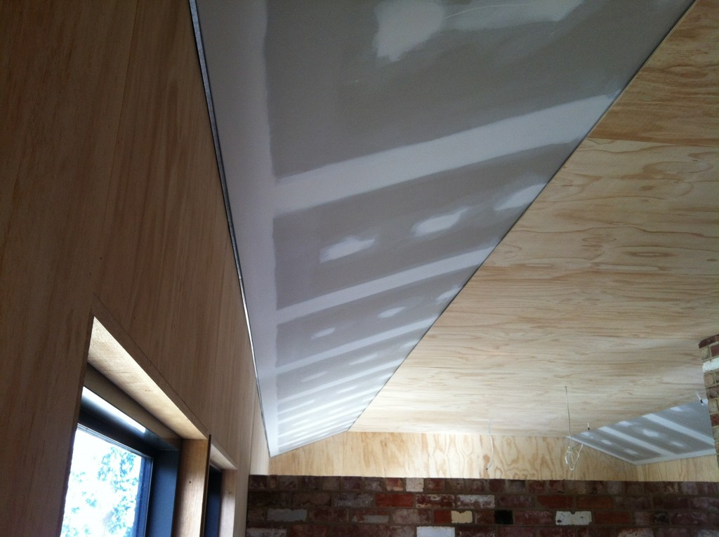 Installation complete: the plaster edge strip in place