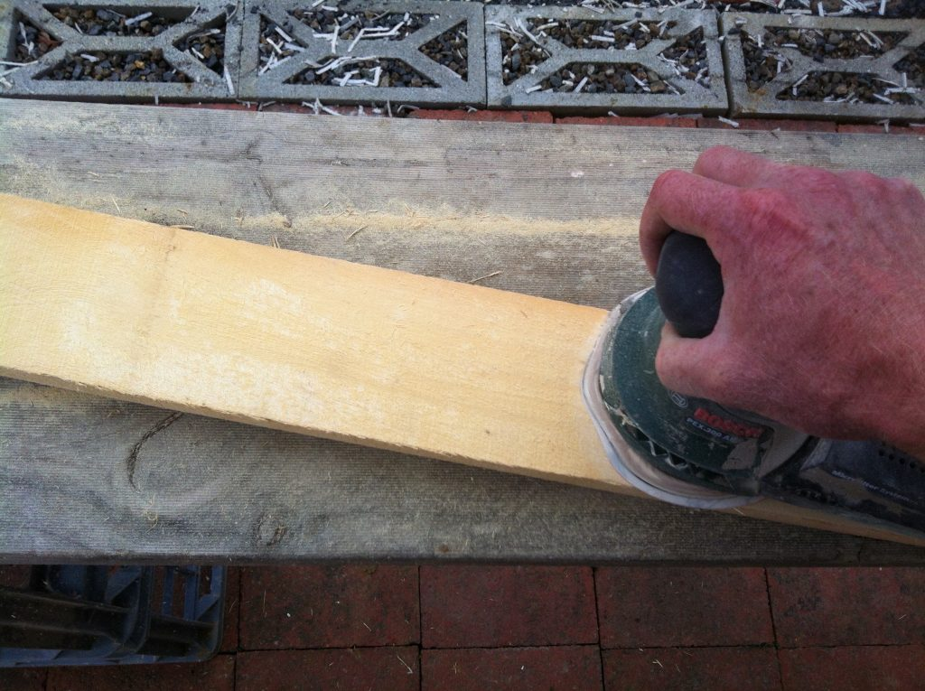 Random: using the random orbital sander to quickly sand the duckboards